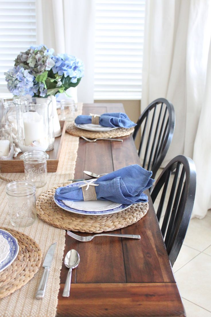 White and Blue Coastal Table | Starfish Cottage