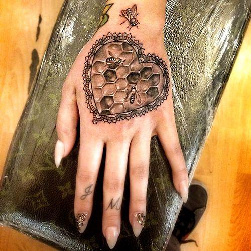 thievinggenius: Tattoo done by Alex Garcia. @the_ghost_of_alex_garcia