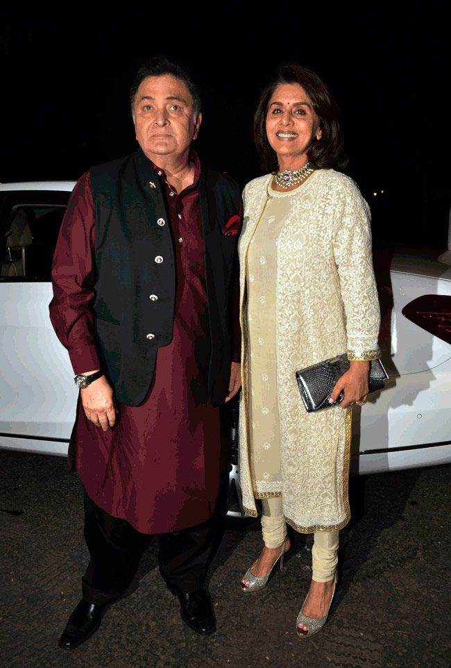 Rishi and Neetu Kapoor at Amitabh Bachchan's Diwali bash.
