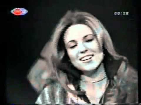 ▶ Yasemin Kumral Bim Bam Bom 1975 - YouTube