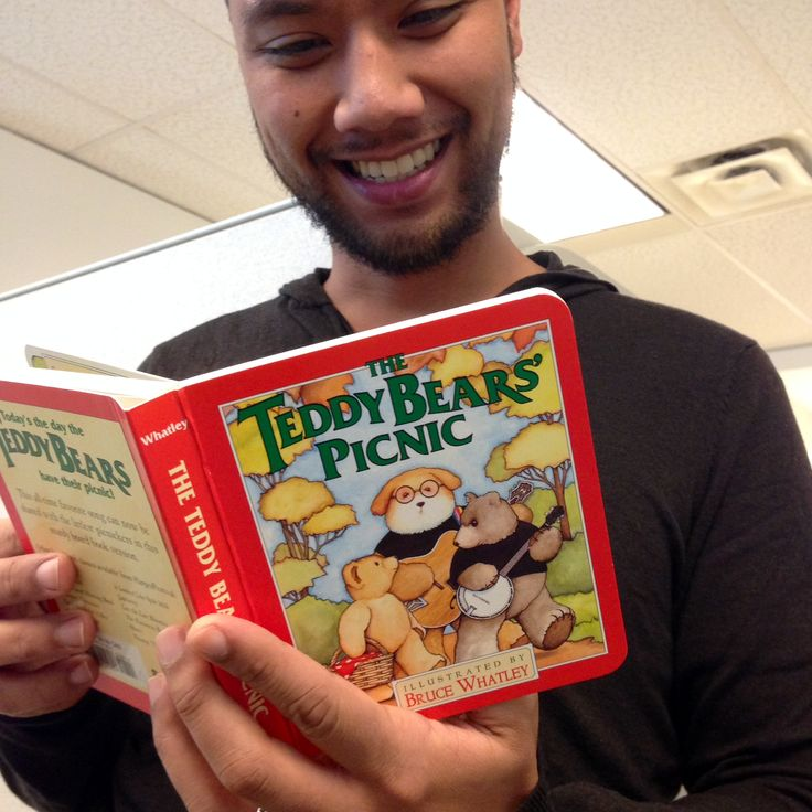 Ray is thankful for the Teddy Bear Picnic because he always loved singing the Teddy Bear's song with his family. Click the picture to sing-a-long. #ThankYouKidsLit
