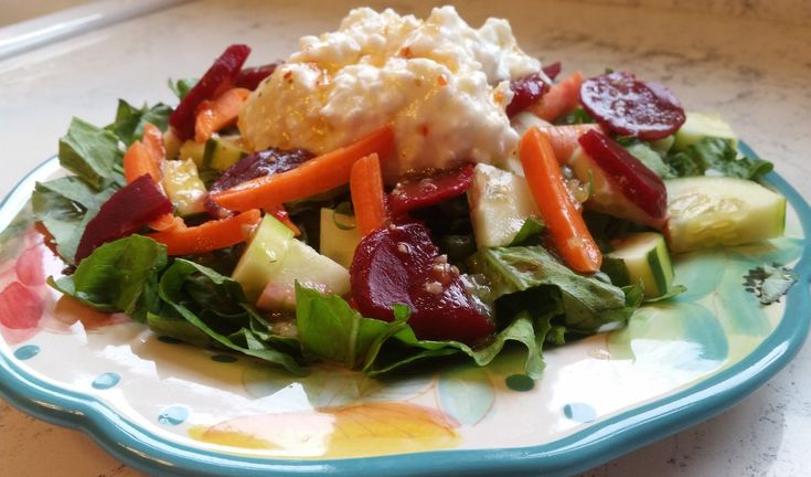 This cottage cheese and beet salad is the perfect way to bring nutrition back into your lunch routine. It is easy, healthy, delicious, and takes 5 minutes!