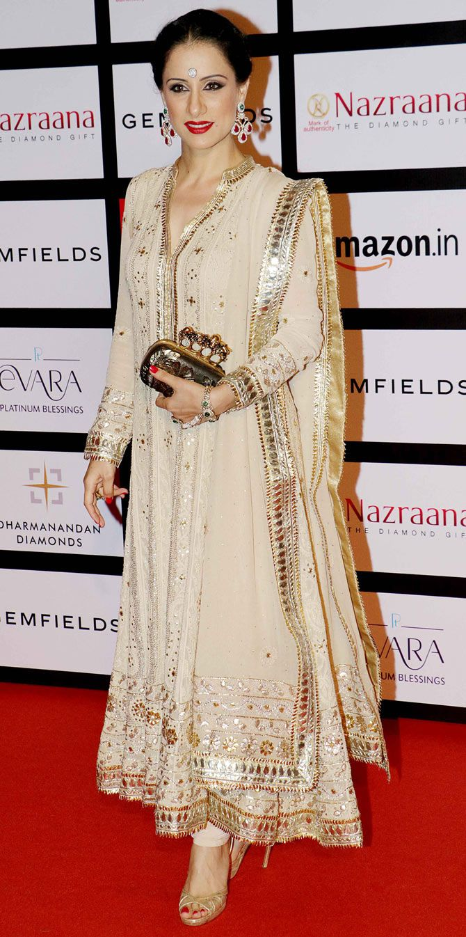 Rouble Nagi : Photos: Bollywood beauties at a jewellery awards event