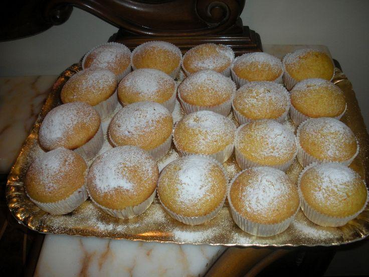 Le camille sono dei dolcetti con tante vitamine, basta decorarle e sono ottime anche per le feste dei bambini. Conservatele in buste per alimenti.