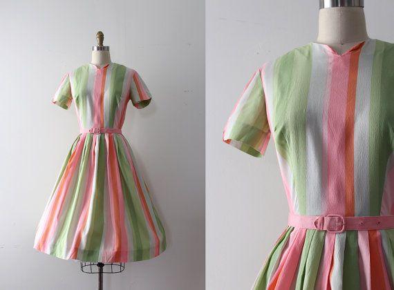 robe vintage des années 1950 / / des années 50 par TrunkofDresses