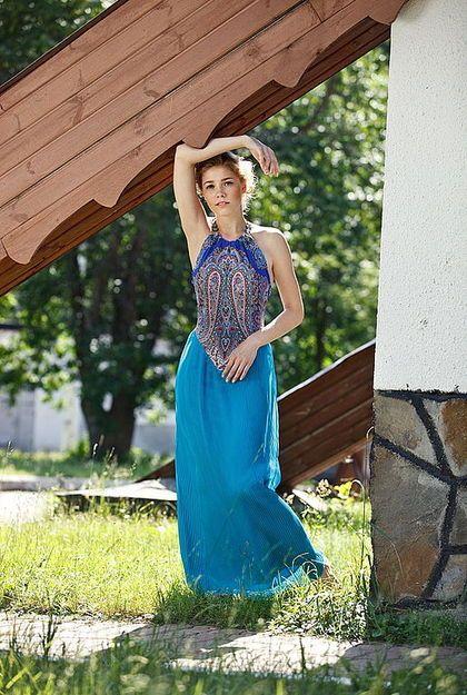 Платье `Восточная Сказка`. Платье 'Восточная Сказка' Это длинное комбинированное платье с открытой спиной и плечами. Верх-из…