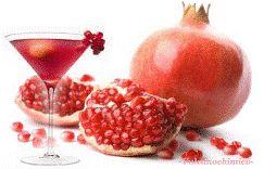 Come fare il succo di Melograno fatto in casa, scopri come fare. La procedura è semplice. Scopri proprietà e benefici del Melograno e dei semi di Melograno.