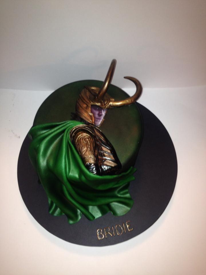 Tom Hiddleston Birthday Cake