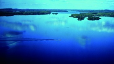 Finland's largest lake and the fourth largest natural freshwater lake in Europe - perfect for paddling for a day or two.