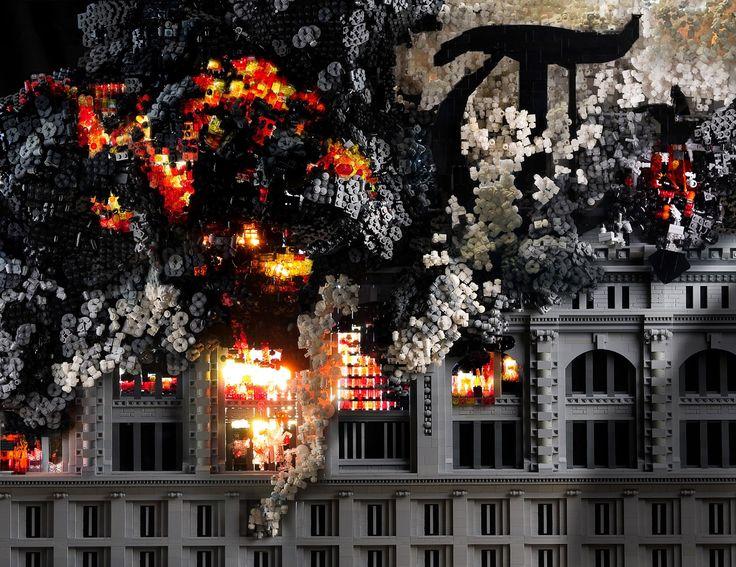 El arte en Lego de Mark Doyle - Todos conocemos los clásicos Legos, esas máquinas de destrucción de las plantas de los pies a las que, seamos niños o adultos, adoramos. Existen pcos de nosotros que se atreven a experimentar con estos más alla de las instrucciones de la cajita, y el artista Mike Doyle (no, no el actor) es uno de... #OMD #vivavive http://viv.mx/1b