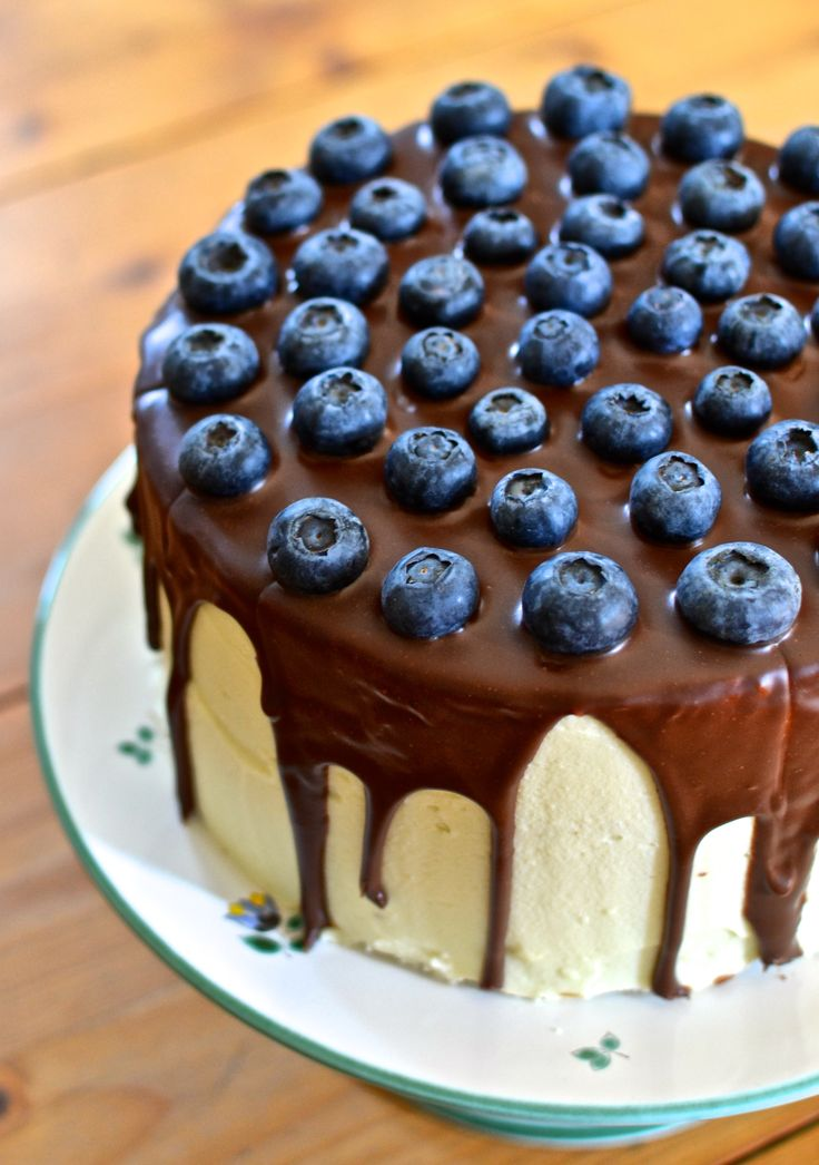 Schokotorte mit weißer Schokolade Mascarpone Creme  #ichbacksmir #torte