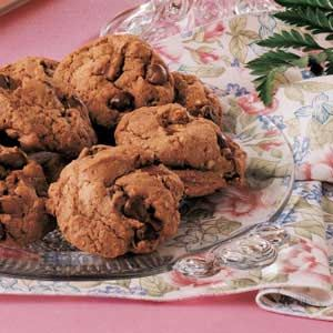 An easy German Chocolate Cookie, except I would leave out the raisins and replace the quick cooking oats with some coconut. #CAREPackageRecipes