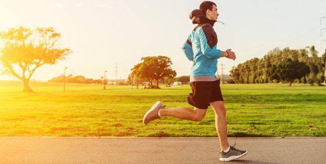 Running -                                                                     10 kilomètres -                               Plan d'entraînement 10 kilomètres en 1 heure 10, 4 séances sur 8 semaines