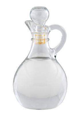 Zelf geurende azijn maken is leuk en snel gedaan met deze recepten. Maak je eigen rozen, lavendel of citrus azijn om te gebruiken als wasverzachter, conditioner of in je schoonmaakmiddelen.