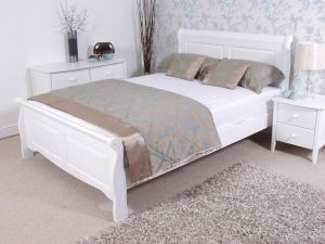 best 25 white wooden bed ideas on pinterest white wooden headboard simple wood bed frame and headboards for beds - White Wood Bed Frame