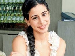 Vinod Mehra's daughter Soniya to star in 'Ragini MMS 2'