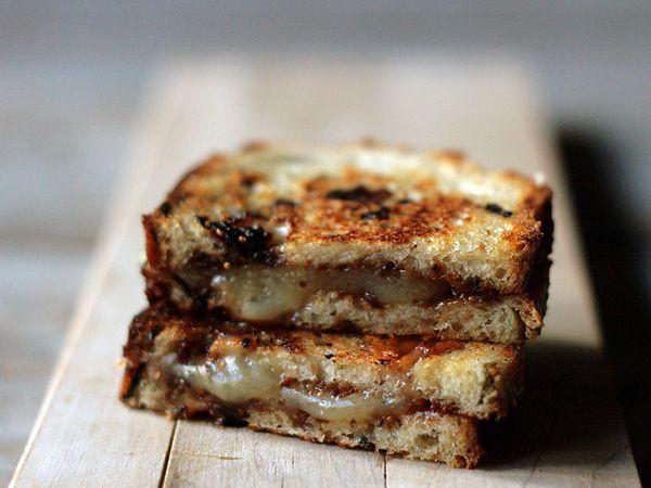 Fig, Manchego Grilled Cheese Sandwich on Olive Bread - yummmyyyy