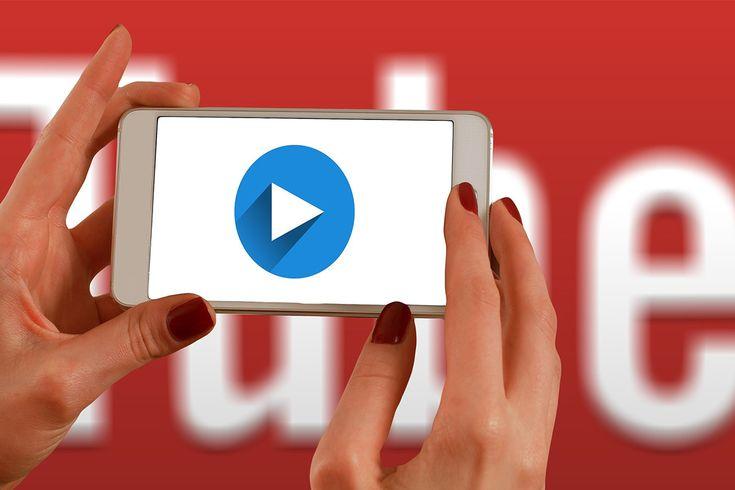 Donderdag vond het seminar over YouTube en jongeren plaats. Experts op het gebied van YouTube vertelden over de wereld van beauty- en fashionvloggers.