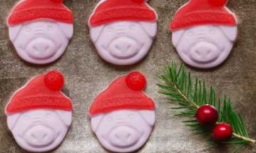 Percy Pig Gets A Christmas Makeover Complete With Santa's Hat