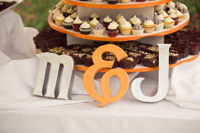 Wedding Monogram Displays on WedLoft Blog.