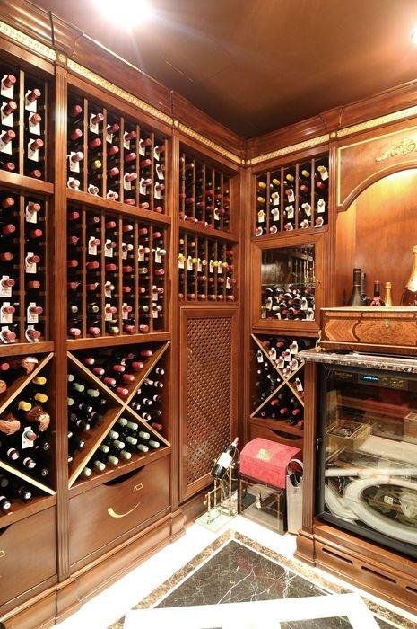 Luxusní domácí vinotéka ARCA http://www.saloncardinal.com/galerie-vinoteky