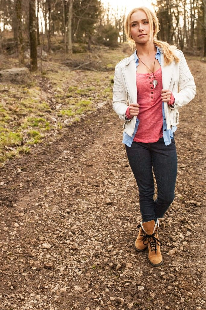 Love this outfit from the Cotton commercial with Hayden Panettiere!