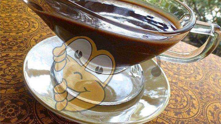 Ингредиенты 3/4 стакана - мед 3/4 чашки - несладкий какао-порошок 1-1 / 2 чайной ложки - молотой корицы 3/4 стакана - теплая вода Пищевая ценность на порци