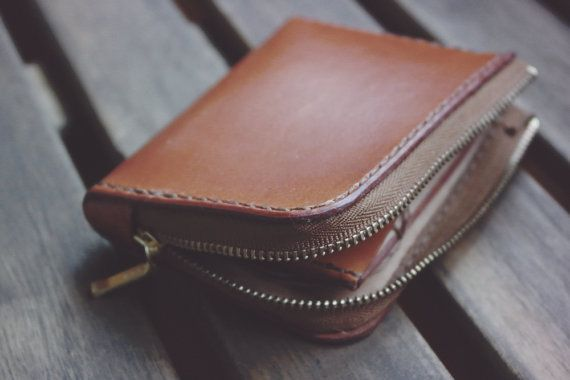 Handmade leather half zip wallet. Hand stitched vegetable tanned leather wallet for men & women with zipper to hold your money and cards.