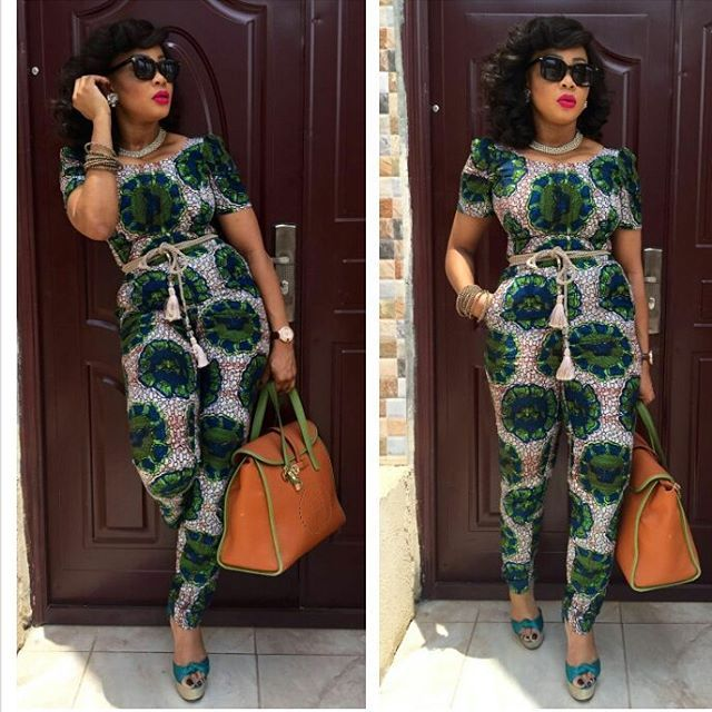 Creative Aso Ebi Style for Ladies http://www.dezangozone.com/2016/04/creative-aso-ebi-style-for-ladies.html
