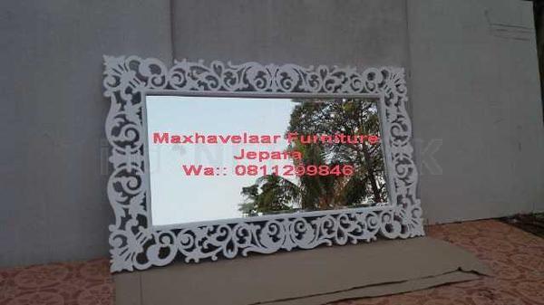 Cermin Hias Ukir Rata Jepara • Max Havelaar Furniture • Indonetwork.co.id