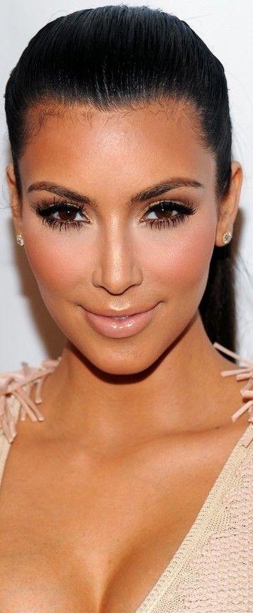 Kim Kardashian Eye Makeup Pictures