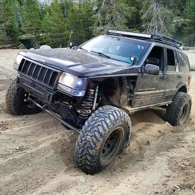 Well I'm selling my beloved 37s and rims... after seeing @d.till297 and his build on 40s I must do it. Such a Good size I think on these rigs or maybe it's just his build. Idk, but he got me all fired up for 40s now. What tires? I'm debating on the Pro Comp Mud Terrain and the Goodyear MTR. Ideas? 40x13.50x17 #jeep #grandcherokee #zj #niner #5point9 #59magnum #thegrandwagon #niner_nate
