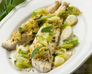 Filets de cabillaud aux pistaches et fondue de poireaux : Savoureuse et équilibrée | Fourchette & Bikini
