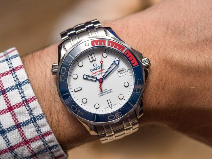 Hands-on review & original photos of the Omega Seamaster Diver 300M 'Commander's Watch' Limited Edition with price, specs, & expert analysis.