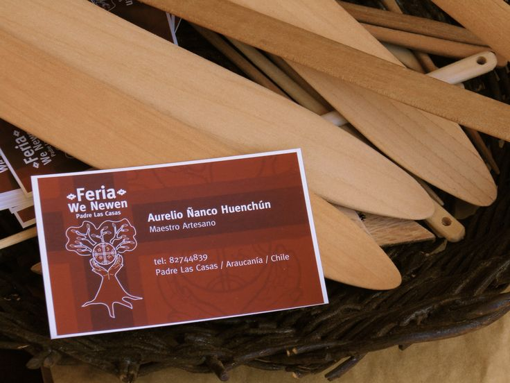 "Ñirreu #SemillaLibre #ProductoNatural #campesino #artemapuche #artesania #mapuche #feria #local  ----  ""FERIA WE NEWEN"" Padre Las Casas, Araucanía. Chile."