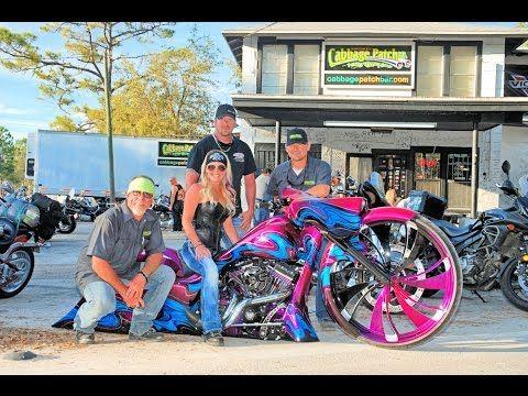 81+ Daytona Bike Week 2015 Baddes Baggers Show - Daytona ...
