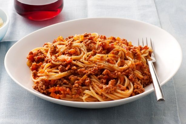 This delicious spaghetti main is diabetes-friendly, making it suitable for everyone's dinner.