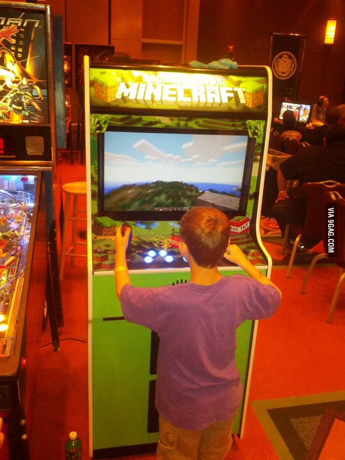 Minecraft arcade machine in Orlando FL