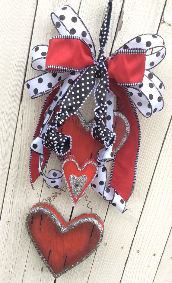 Valentine Door HangerValentine WreathHeart by Keleas on Etsy
