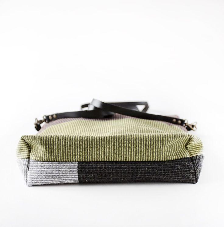 Muuti shoulder bag. Designed by Michela Solari  Cotton + printed lining  Tracolla Muuti. Designed by Michela Solari  Cotone + fodera stampata