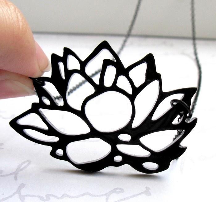 Ya tenemos en ZOOgráfico el plástico mágico blanco, negro, transparente, y para impresora. ¡Un material que da mucho juego! #Zoográfico #Plásticomágico #Shrinkles
