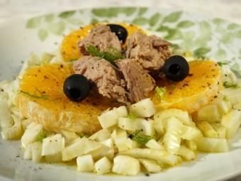 Orange and fennel salad with tuna