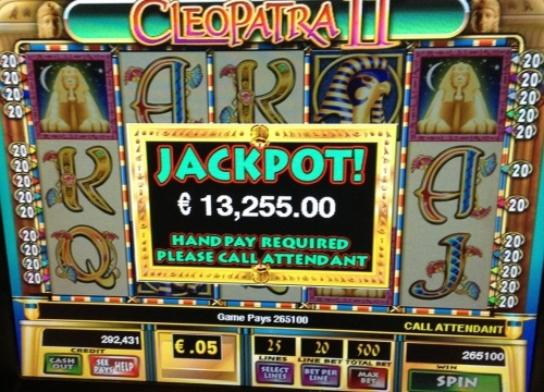 Cleopatra 2 slot on fort knox progressive group gave 24 free spins with 25€ bet. Total win during free games 13.255€!