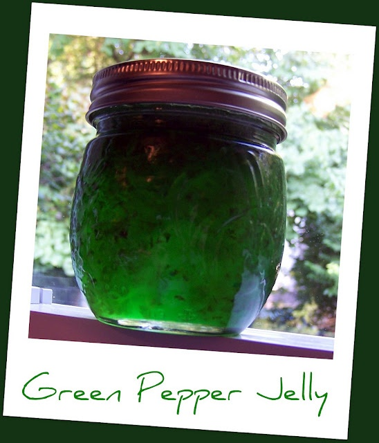 green pepper jelly, what is easier when people drop in unexpectedly than opening a jar, unwrapping a brick of cream cheese, and pairing these with a box of Wheat Thins?