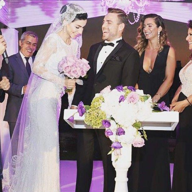 BeyazBegonvil I Kendin Yap I Alışveriş IHobi I Dekorasyon I Kozmetik I Moda blogu: Murat Dalkılıç ve Merve Boluğur Evlendi