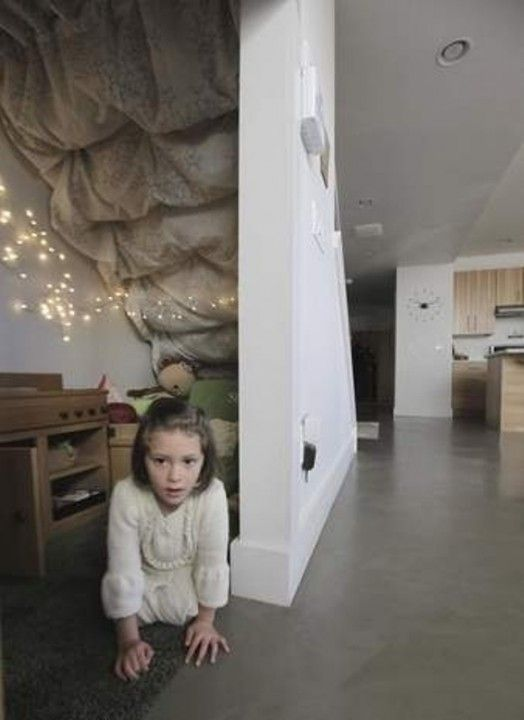 Lighting Basement Washroom Stairs: 1000+ Ideas About Basement Play Area On Pinterest