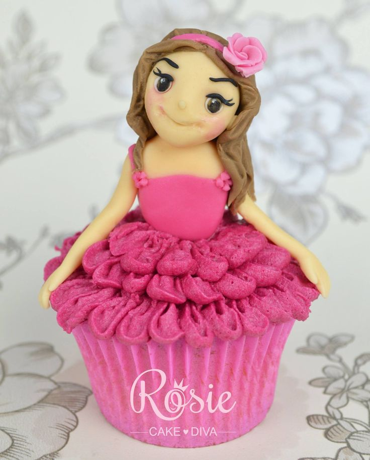 Rosie Cake Design : Girlie Cupcake by Rosie Cake Diva Just yummy pics ...