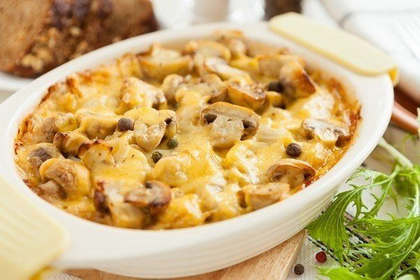 Casserole with mushrooms and potatoes