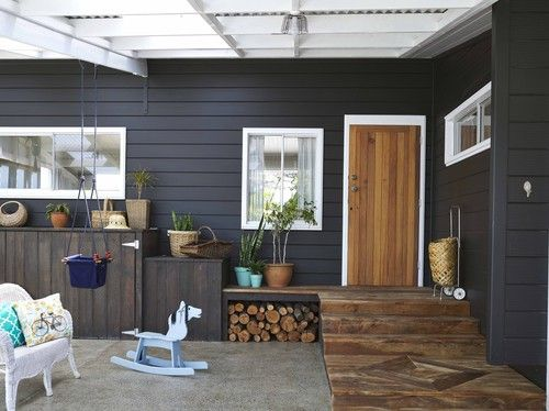 David and Sarah Holden chose a Resene Double Gravel for the exterior of a house built for them recently by Jennian Homes Coromandel. It's punctuated by a vib...