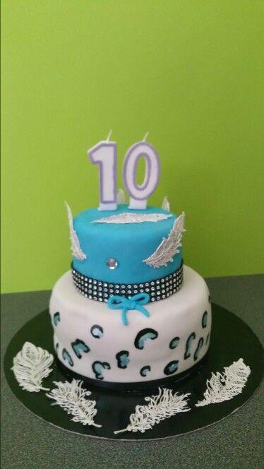 Gateau d'anniversaire pour les 10ans de ma fille.  Génoise vanille / Nutella  Vous pouvez me suivre sur Facebook : Miss Cup ' N Cake.